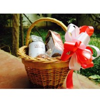 Christmas & New Years Gift Basket