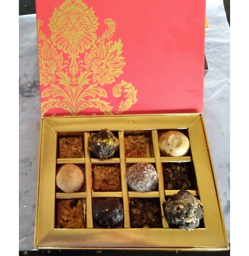 Gift Basket - Mixed cake truffles box